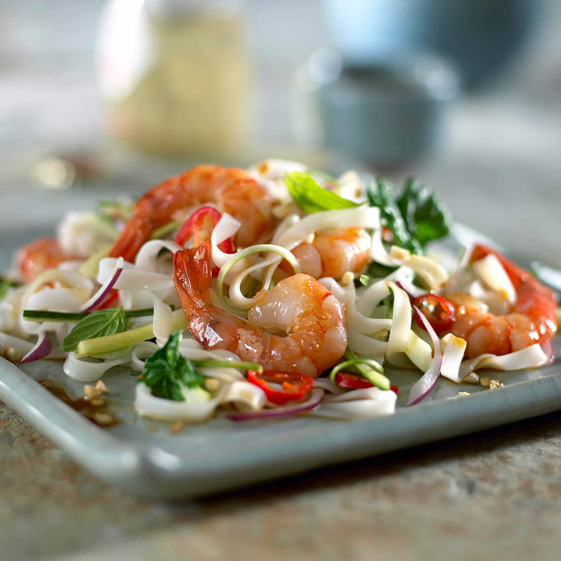 prawns with asian noodle salad